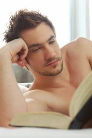 Kitap okuyan Erkek çekiciliği diye birşey var :)