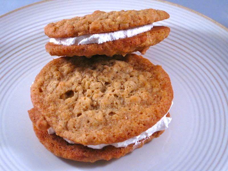 Alissamay's: Oatmeal Cream Sandwich Cookies