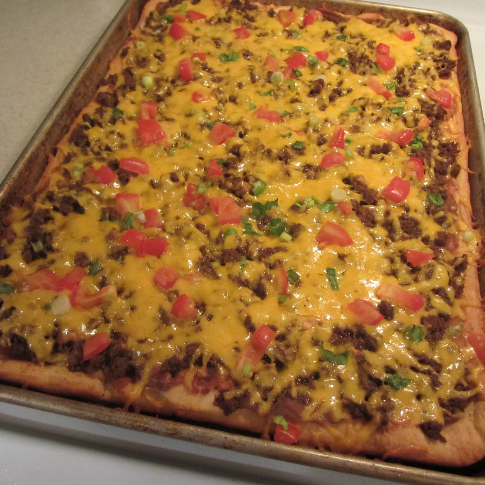 Jen's Happy Spot: Taco Pizza