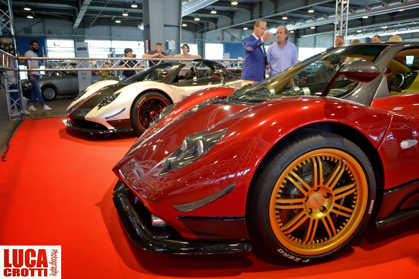 prototype 0 pagani zonda f and cinque roadster at verona legend cars. Black Bedroom Furniture Sets. Home Design Ideas