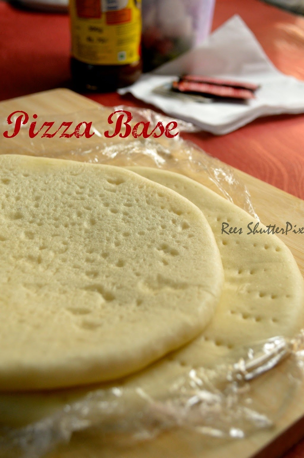 pizza base,easy pizza base,homemade pizza base,yeast pizza, step by step veg pizza base ,