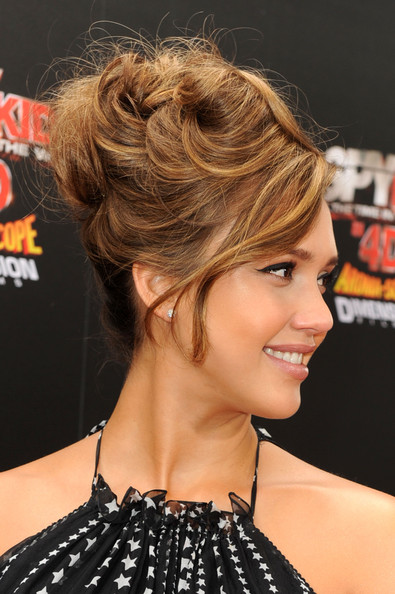 Jessica Alba Messy Updo Hairstyle