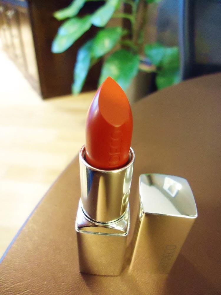 ARTDECO High Performance Lipsticks in 426 Tango Red & 457 Pearl Nude