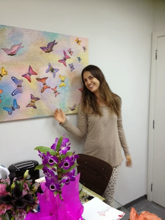 Cris Flores da TV Record, programa Hoje em Dia com uma Ecotela O voo das borboletas!