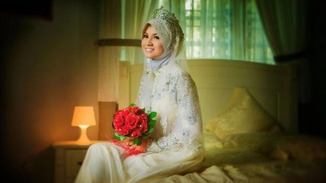 Baju Pengantin Muslimah terbaru