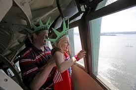 هل رأيت تمثال الحرية من الداخل ؟ وماذا تعرف عنه ؟ images.jpg