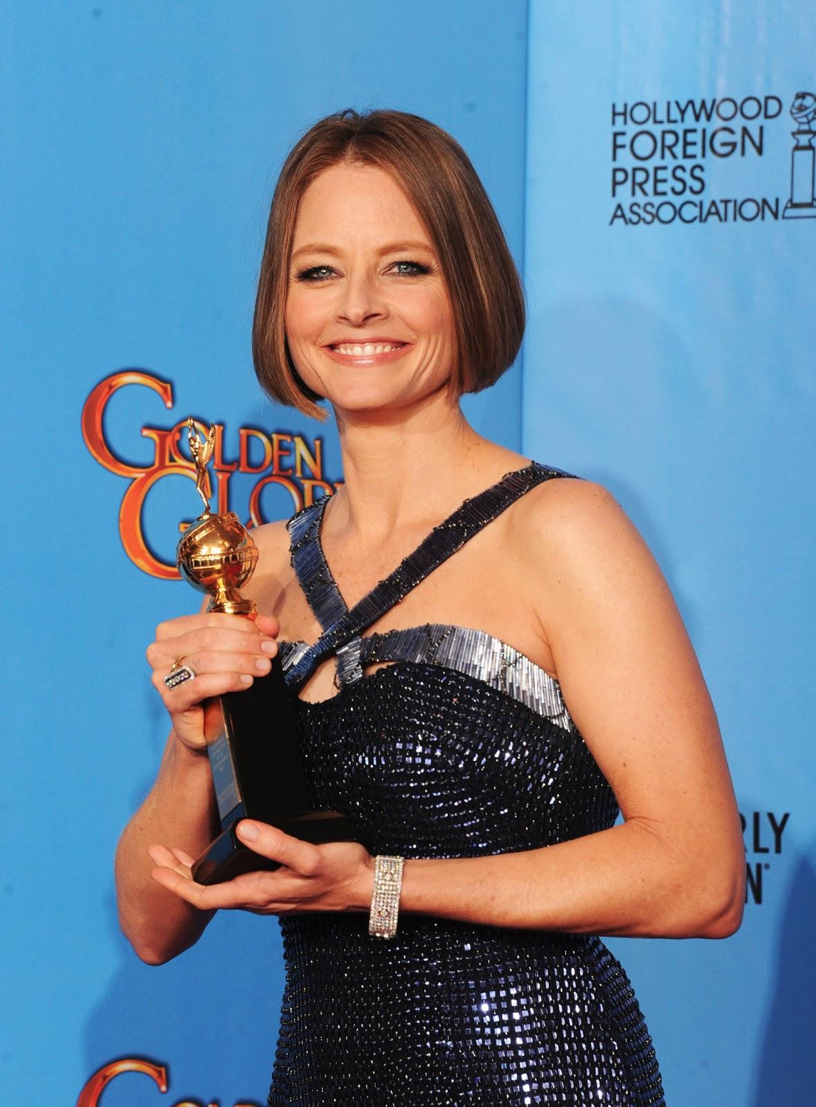 http://2.bp.blogspot.com/-Gd37PL_ayv4/UPRTtaFVlZI/AAAAAAAAsCY/ZQxzCixzNGY/s1600/jodie-foster-golden-globes-celebrities-react.jpg