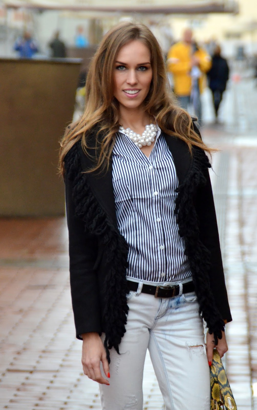 winter-outfit-wool-jacket-striped-shirt