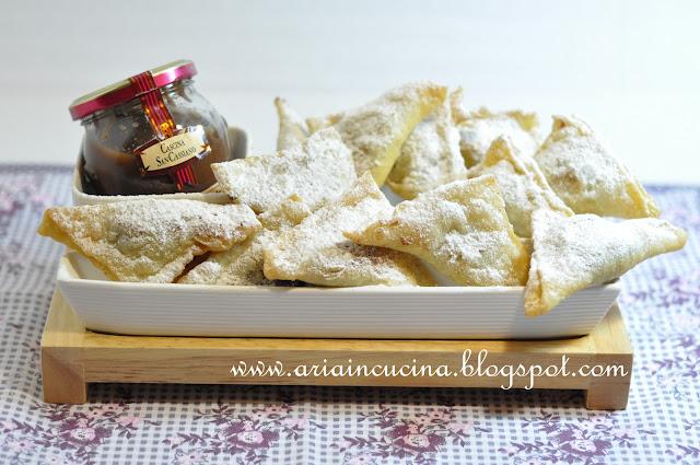 Blog di cucina di Aria: Tortelli fritti ripieni di crema alla nocciola