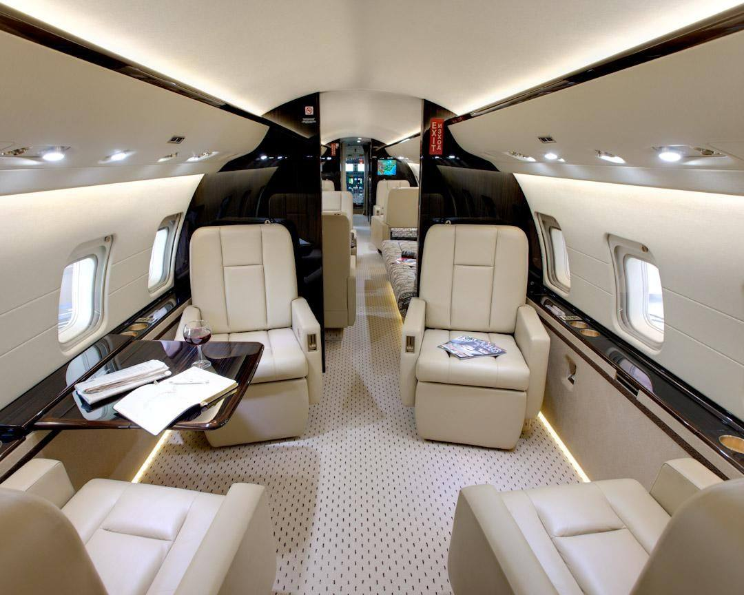 Cool jet airlines bombardier challenger 850 interior for Interieur airbus a340 600