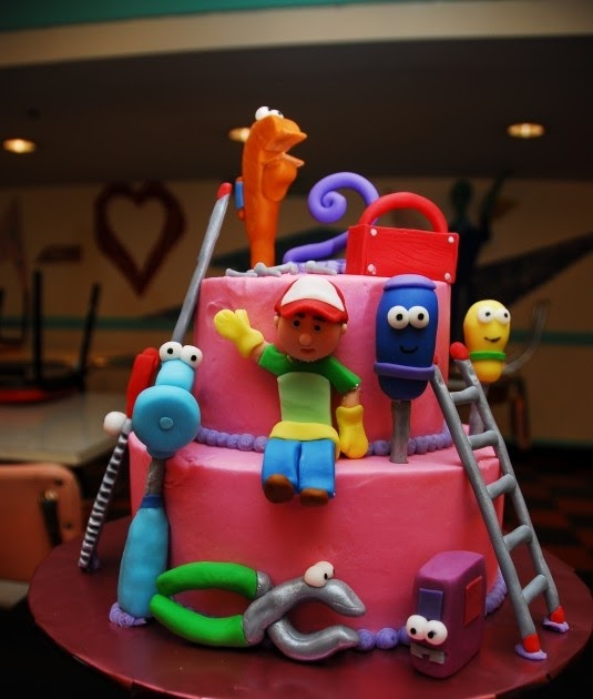 Special day cakes handy manny birthday cakes ideas for Handy manny decorations