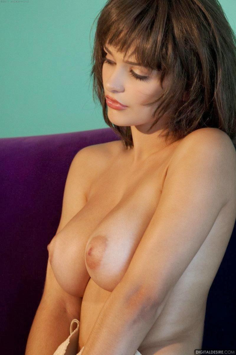 little sister fucks nude