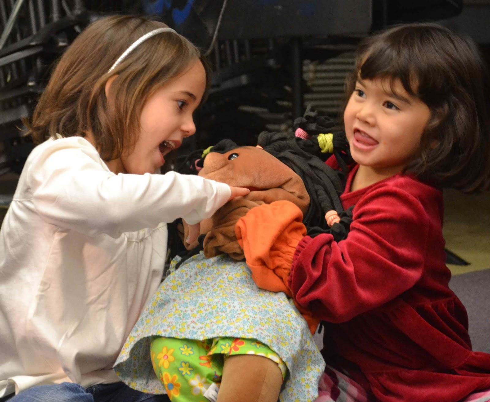 Integrated Play Groups Help Children >> Autismwonderland Through The Looking Glass Presents Heather Mccracken