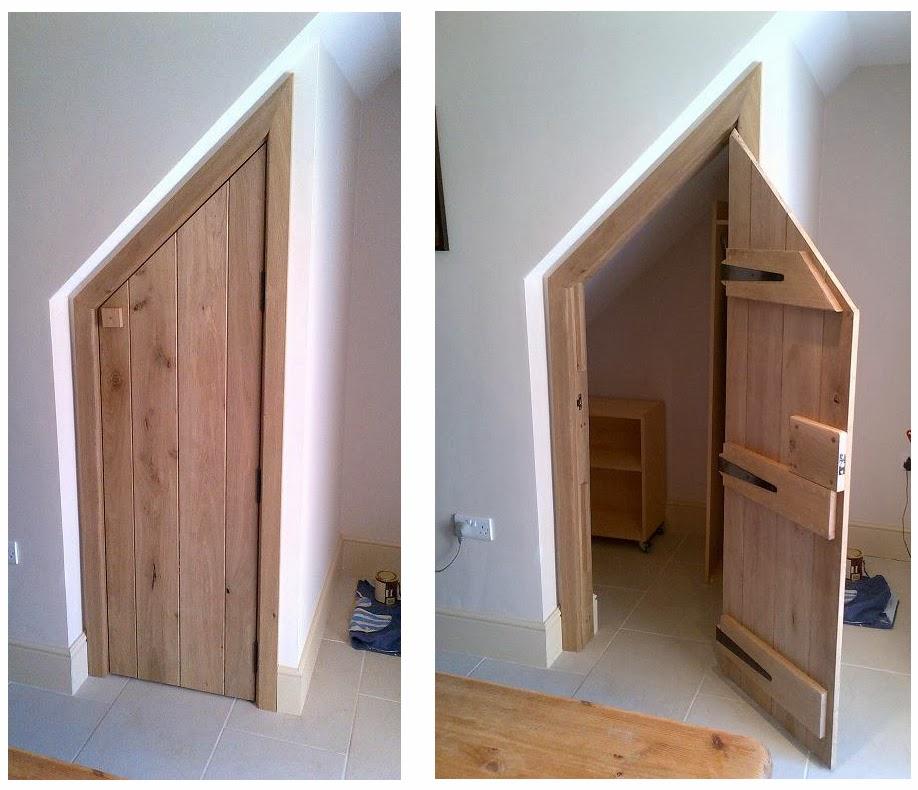 Foundation dezin decor cubbyhole design idea 39 s use for Door under stairs
