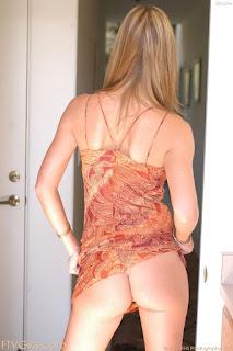 Hot Naked Girl - sexygirl-brooke1_5-775772.jpg