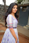 sri mukhi latest glamorous photos-thumbnail-2