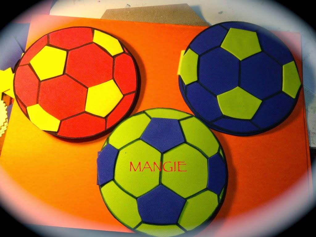 Balón de futbol porta posit en goma eva