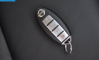 Nissan teana car 2012 key - صور مفاتيح سيارة نيسان تيانا 2012