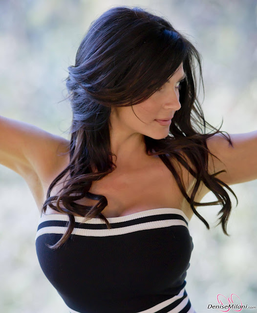 denise milani photoshot body