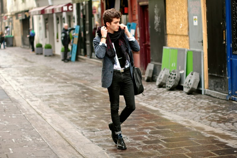 sandro blazer - givenchy bag sac messenger dries van noten scarf écharpe brodée churrch's shoes richelieu blog mode homme