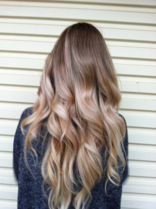 Фото спиной девушек блондинки