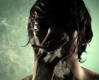 http://2.bp.blogspot.com/-Gdylp1Za2N8/Te3ImYFeeKI/AAAAAAAAAj8/LHNWOlySyPg/s640/im_a_smoker_by_the_psycrothic.jpg