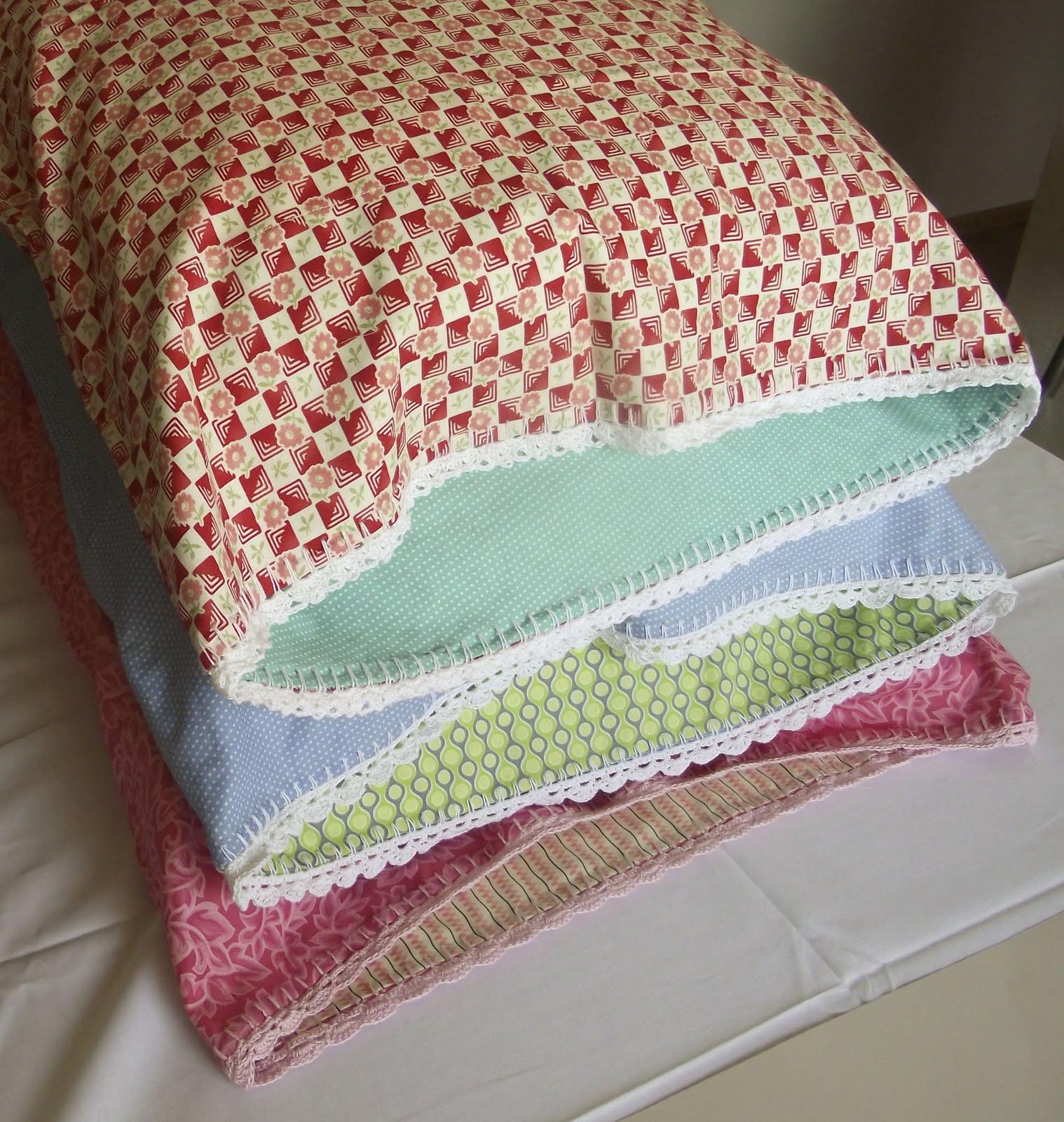 Sara vs. Sarah: Crochet Edge Pillowcase Tutorial Part 1