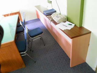 meja kerja kantor serba guna