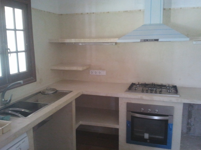 Reformas julio camarena cocina con cemento pulido for Como hacer un piso de cemento paso a paso
