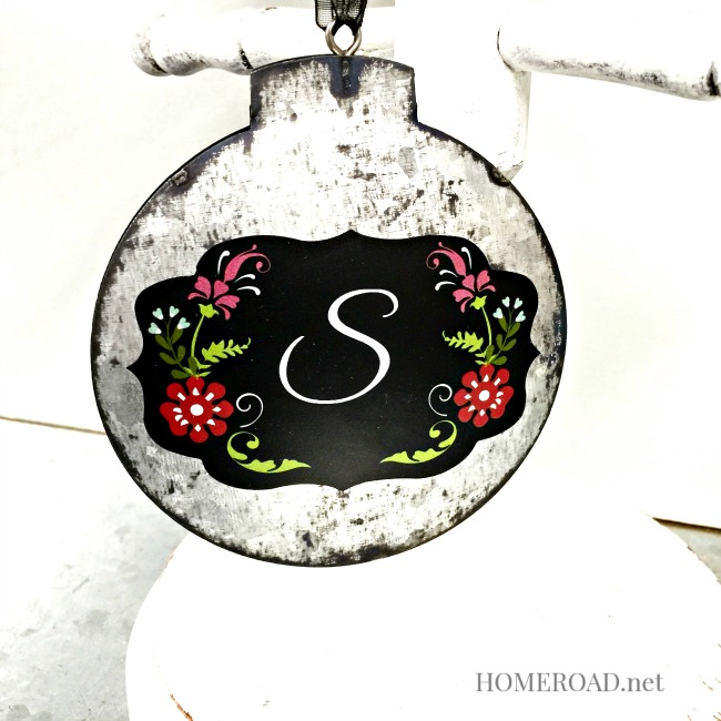 Galvanized Steel Chalkboard Ornaments www.homeroad.net