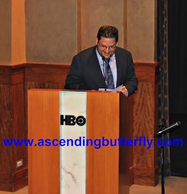 Founder of Hispanicize, Manny Ruiz, event emcee and moderator