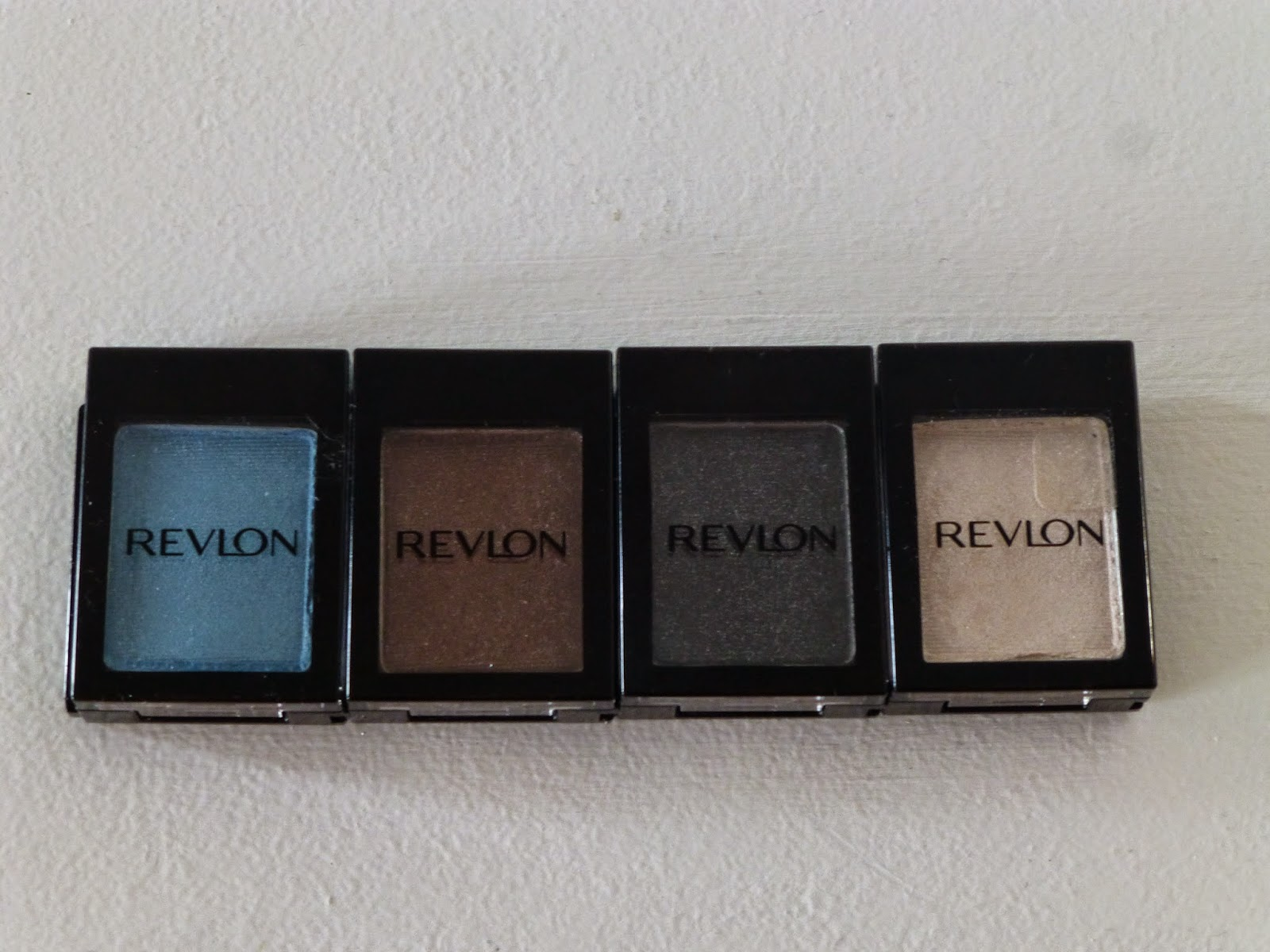 Revlon_Colorstay_Shadowlinks_Peacock_Java_Oxny_Oyster_eyeshadow_review