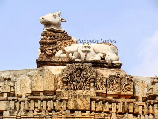 bull idol at someshwara temple harnahalli