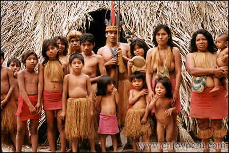 mujeres desnudas en colombia: