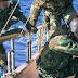 Πλοίο-φάντασμα με 20.000 καλάσνικοφ στο Αιγαίο