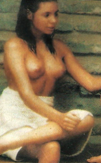 olivia-jane-d-abo-nude-busty-kirsten-dunst
