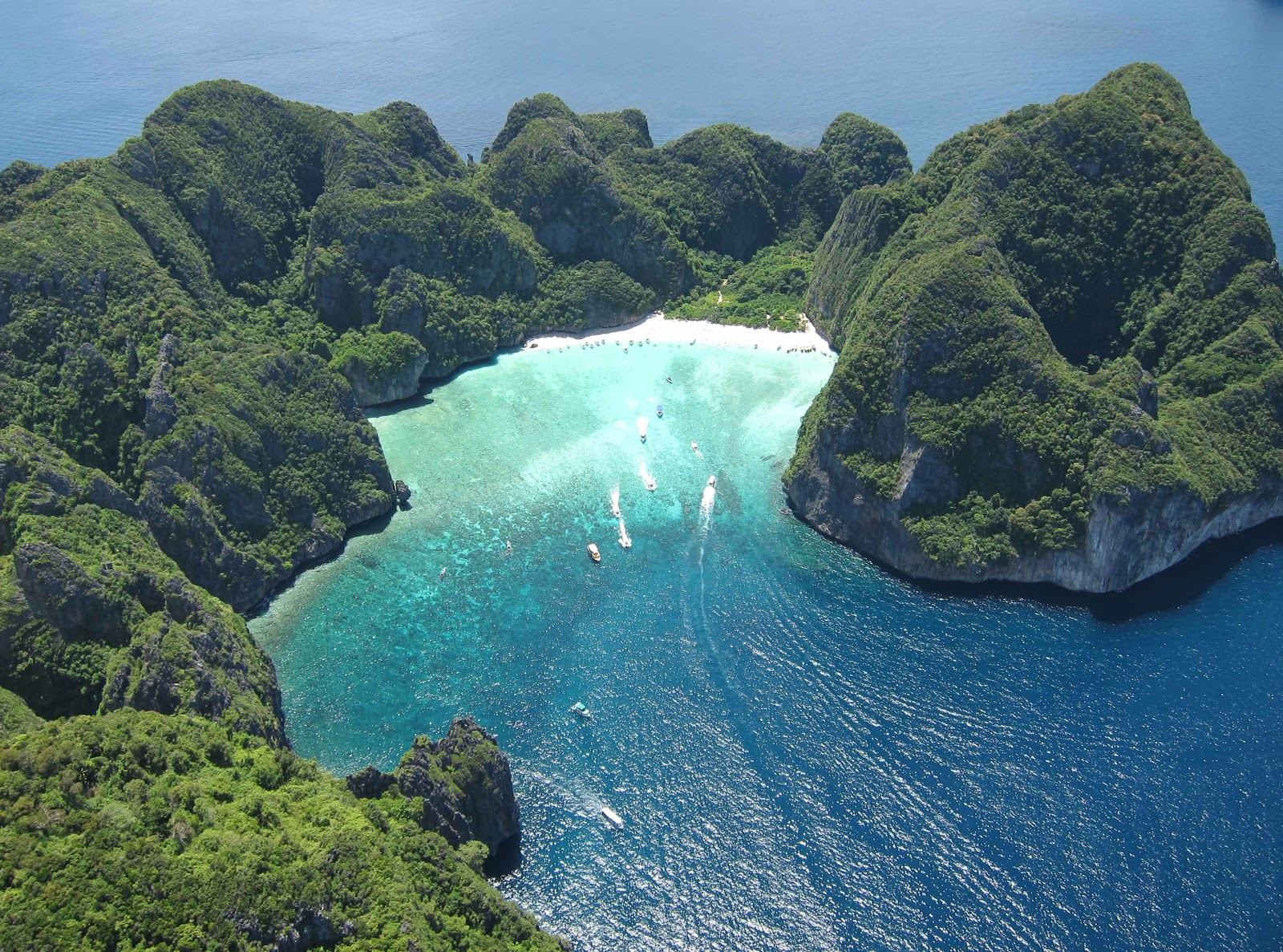 Places To See Before You Die: Ko Phi Phi