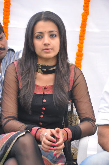 trisha s in hq format cute stills