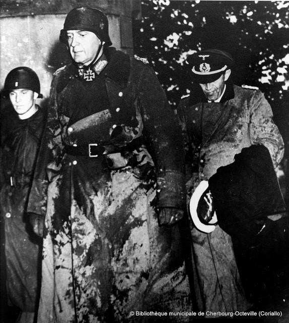 Robert Walters Indonesia: NASIONAL SOSIALIS INDONESIA: Foto Tokoh Third Reich Yang