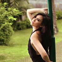 Foto Model Indonesia Seksi Cantik Kennova Prawesty
