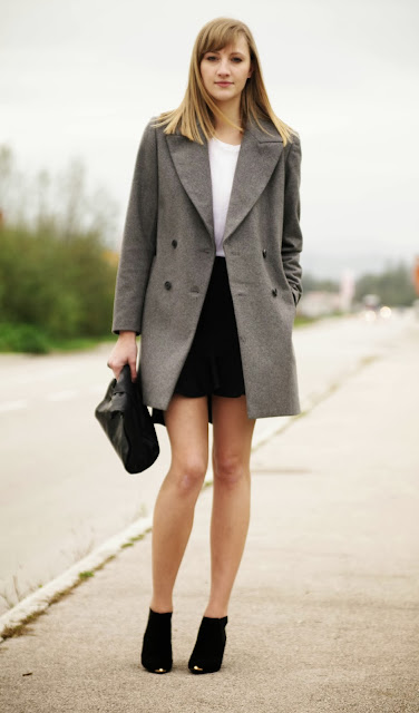 zara grey coat, oversized coat, leather lunchbag, asos pointy chelsea heels, zara frill skirt, pencil ruffle skirt zara, monochrome outfit, fashion trends, fashion blogger, style blogger