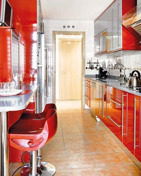 Decora y disena desayunadores para cocinas peque as for Cocinas muy pequenas con desayunador