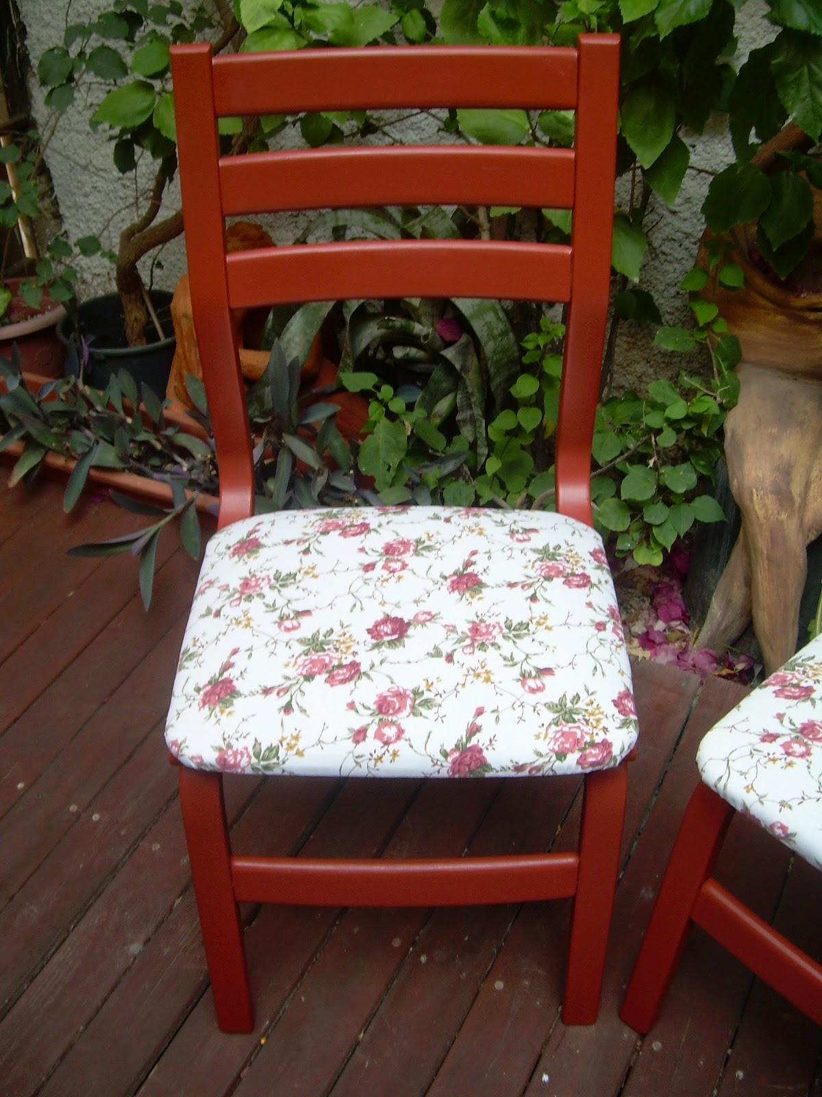 צביעת כיסא ישן
