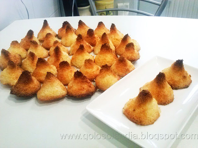 Galletas caseras de coco ( cocadas )