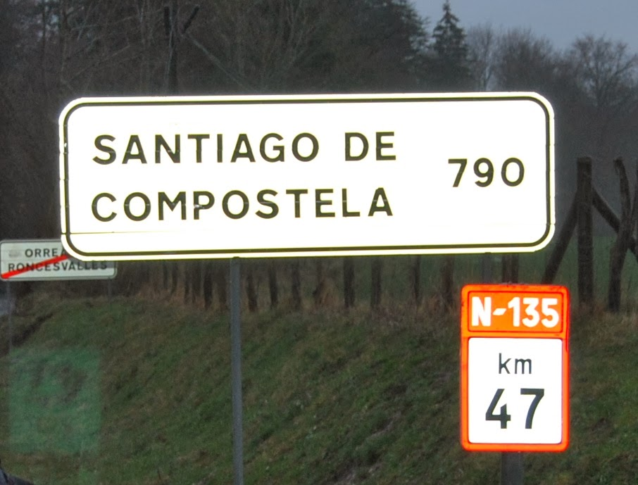 Santiago de compostela 790 km