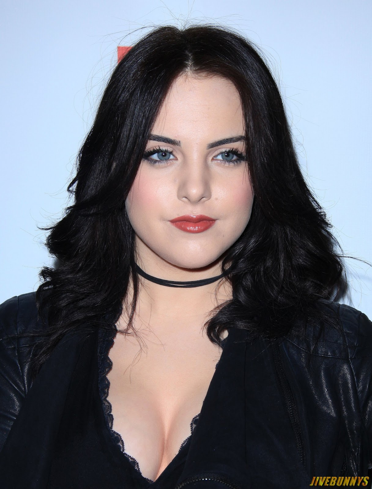 how tall is elizabeth gillies