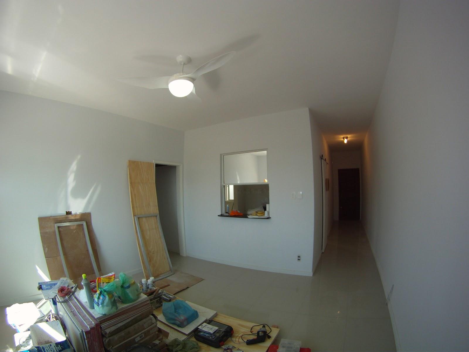 Imagens de #5E4937 Sala : com o Passa pratos pronto o ventilador de teto Terral que  1600x1200 px 3538 Blindex Banheiro Limpeza