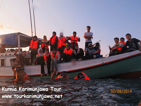 kegiatan tour laut snorkeling karimunjawa