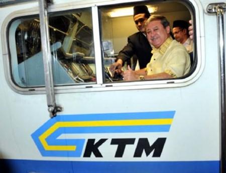 sultan johor pandu keretapi
