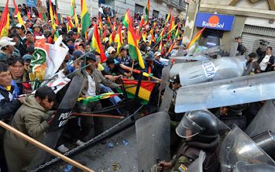 """""""Primavera Latina""""? Depois do Paraguai, Bolívia teme GOLPE de estado. Presidente do Equador admite estarmos diante de uma """"GUERRA não convencional"""""""